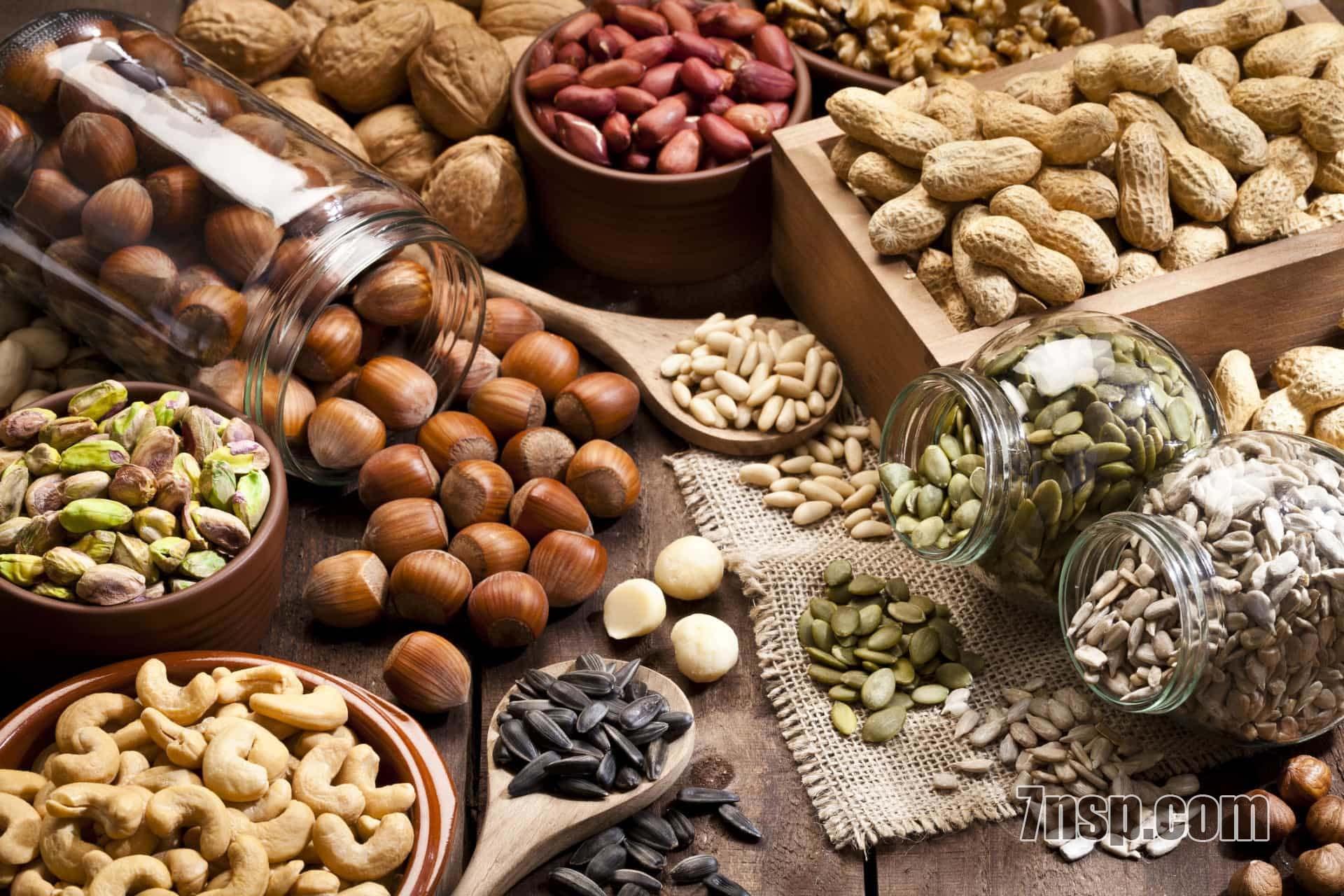Белки в орехах, семечках, содержание протеинов в продуктах растительного происхождения, питание вегетарианцев, веганов